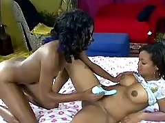 Mature and teenie lick each other ebony lesbian sex